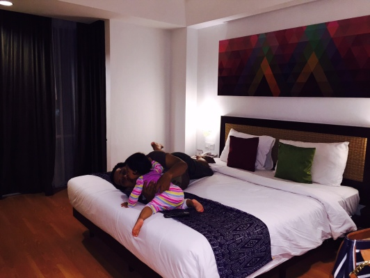 Suasana di kamar hotel mercure