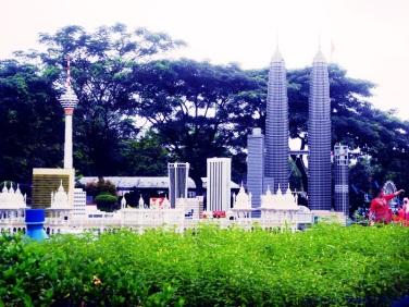 katniss - legoland malaysia 15
