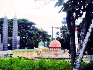 katniss - legoland malaysia 16