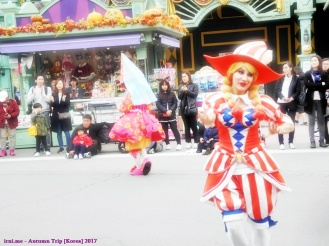 Parade in Everland